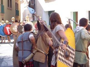 Celtes et hoplites dans une ruelle médiévale...
