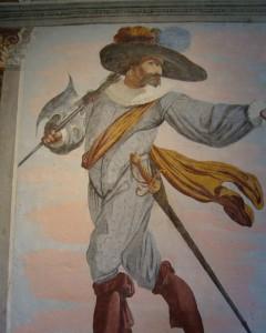 Hallebardier... portant son arme de facon peu conventionnelle