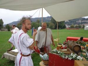Taverne romaine : mulsum et saucisses de lucanie...
