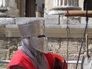 Médiévales de Vienne, devant le temple d'Auguste et Livie