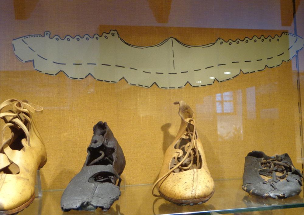 Fabriquer Chaussures Dans L'antiquité… D'emploiArmae Mode Des bY7vIfy6g